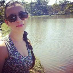 Camila Santos