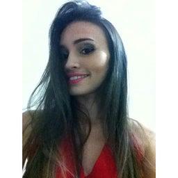 Raviely Almeida