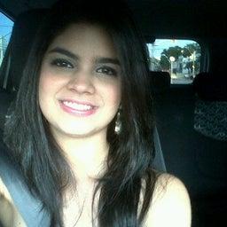 Jessica Calheiros