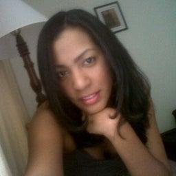Ria Nicole