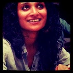 Suzanna Gayatri