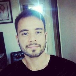 Eduardo Tolari
