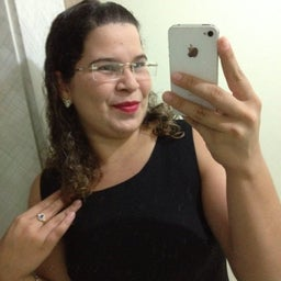 DoreMila Camargo 😀😎👓🐶🎓💸