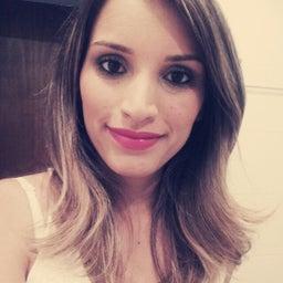 Renata Macedo