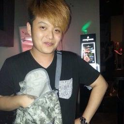 Hong Yi