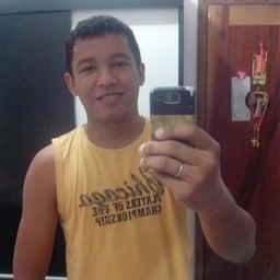 William Medeiros