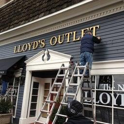 Lloyd's Outlet