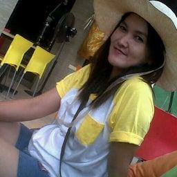 Dwi Dewi DeQie