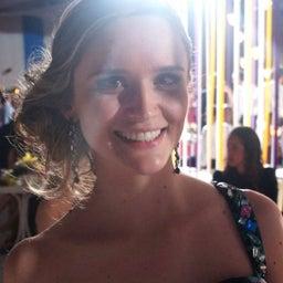 Camila Monzani