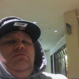 Sneakahead2345 Perry McClaren