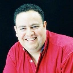 Saul Leon Giron