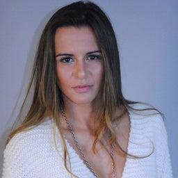 Melanie Santos