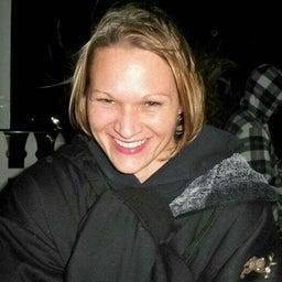 Chrissy R