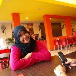 Nadia Dewi