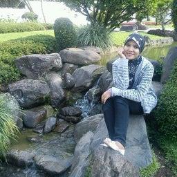 Wina Azhari