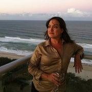 Julie Del Cueto