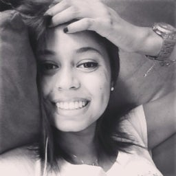 Areta Souza