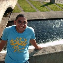 Roger Muñoz