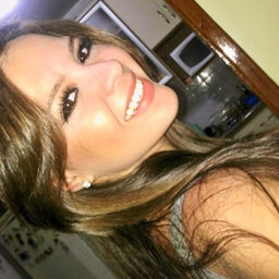 Ana Cláudia Reyes