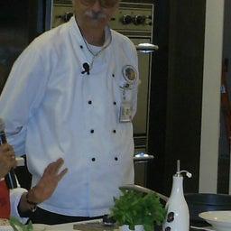 Mario L. Amato