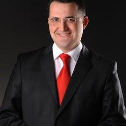 Avukat Ozan Kayahan