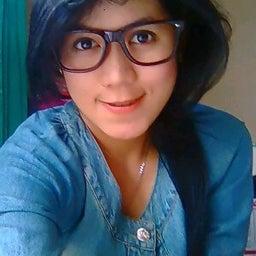 Ezthie Kurniawan