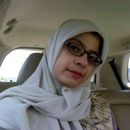Zira Hakim