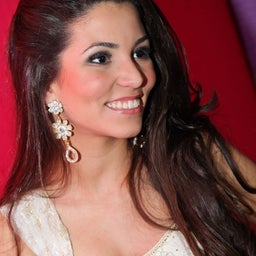 Gabriela T.V.