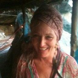 Kareth Anne Weaver