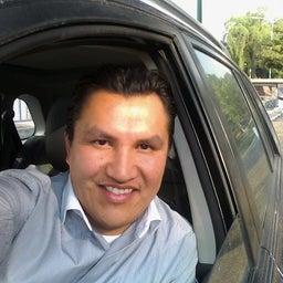 Carlos Alberto Flores García