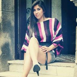 Constanza Alvarez b.
