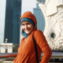 Elly Nurul Janah