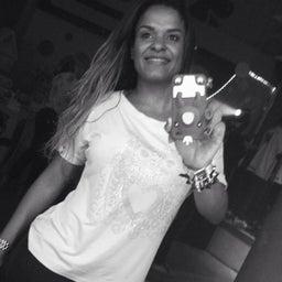 Viviane Siqueira