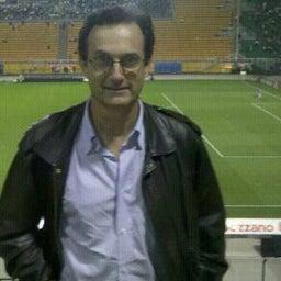 J Roberto P.