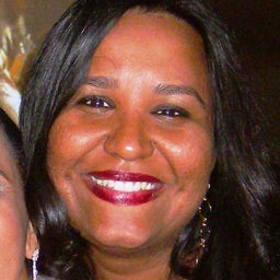 Michelle Candida Dos Santos