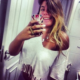 Thábata Ribeiro